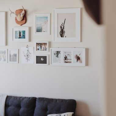 how to create a gallery wall in your home